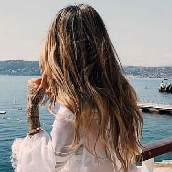 Laissez vos cheveux pendre pour sécher